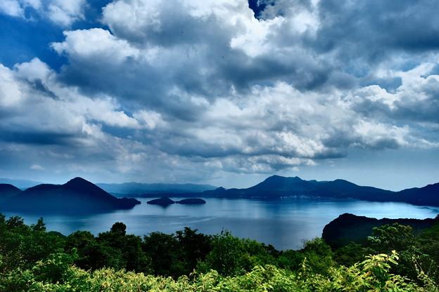 サイロ展望台から望む洞爺湖