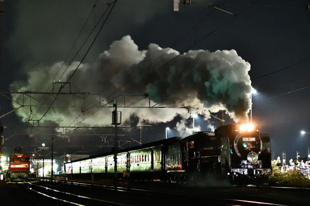 Photos: D51 498牽引臨時快速SL YOGISHAよこかわ号