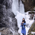 写真: In a secret waterfall A secret waterfall