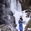 写真: In a secret waterfall A secret waterfall