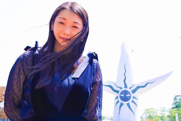 写真: Blue Sun on your back
