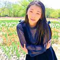 写真: I admire a flower.