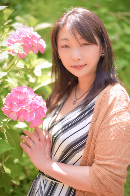 Photos: Cheerful woman