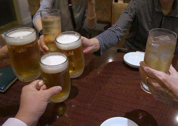 まずは乾杯!