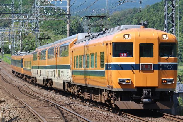 近鉄30000系V10+12200系N54