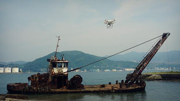 写真: 廃船