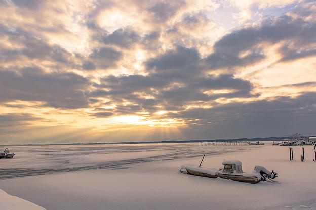 冬の湖(朝)