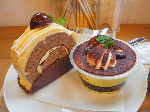 2018.12.02 今日食べたお菓子(永井製菓:マロンショコラ、ティラミス)