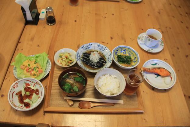この日の朝食は和食