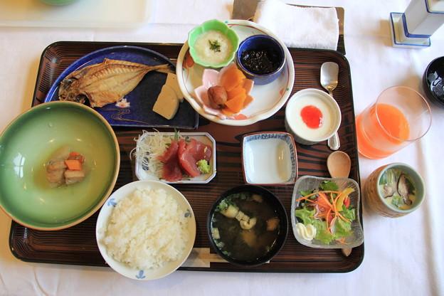 朝ごはんは和食