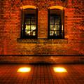 Photos: 赤煉瓦の静かな夜