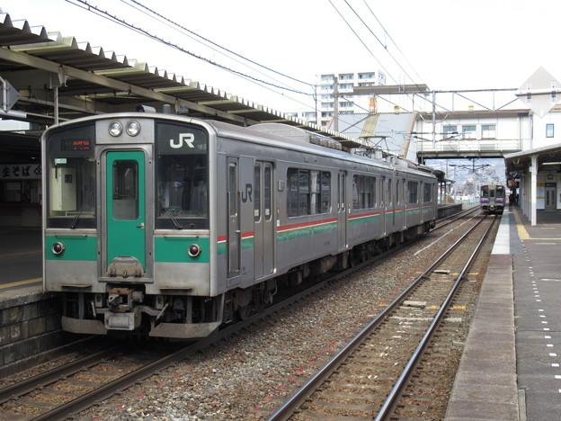 東北線701系1500番台 F2-506編成
