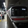 写真: 東京メトロ丸ノ内線02系 02-185F