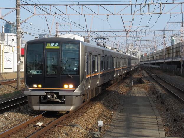 京都・宝塚線321系 D10編成