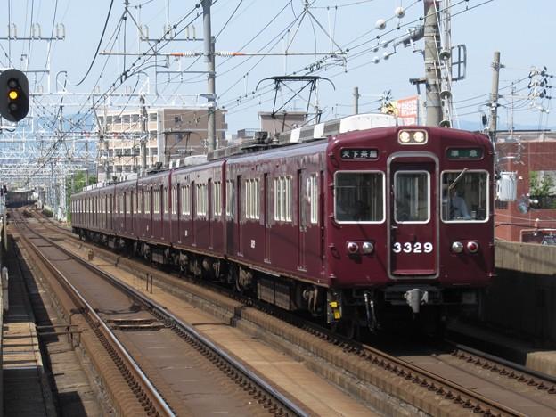 阪急京都線3300系 3329F
