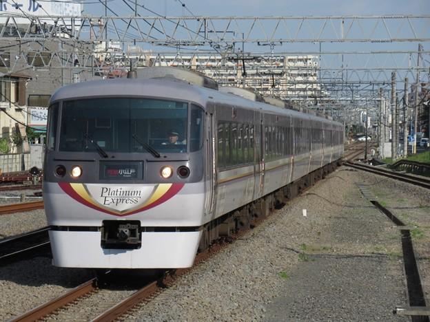 西武新宿線ニューレッドアロー10000系 10104F