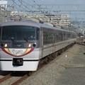西武新宿線ニューレッドアロー10000系 10104F【プラチナ・エクスプレス】