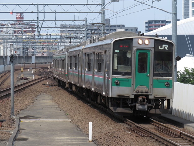 常磐線701系1000番台 F2-28+P-8編成