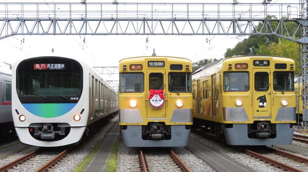 西武38118F・2403F・2007F 3並び/2
