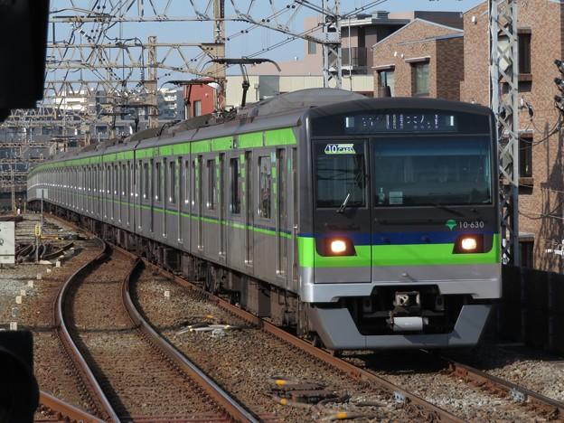 都営新宿線10-300形 10-630F