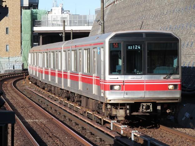 東京メトロ丸ノ内線02系 02-124F