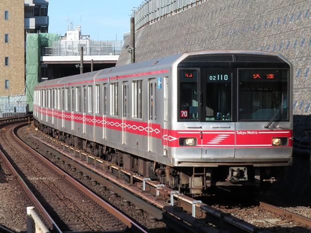 東京メトロ丸ノ内線02系 02-110F