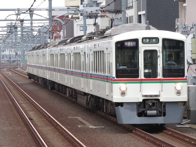 西武池袋線4000系 4013F+4023F