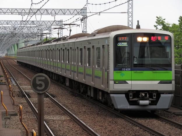 都営新宿線10-300形 10-450F