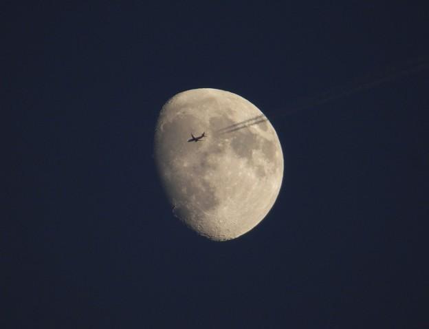 過去pic 月と飛行機