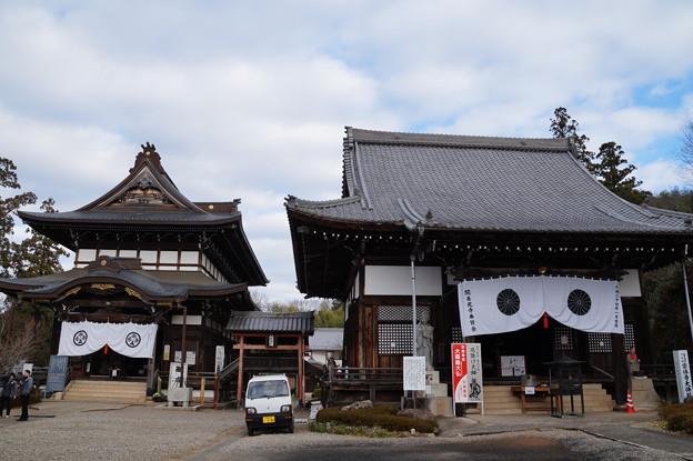 関善光寺 本堂と大仏殿