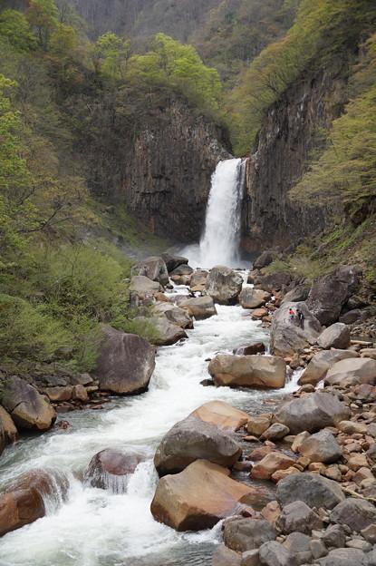 苗名滝 3