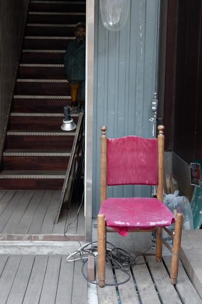 椅子と階段