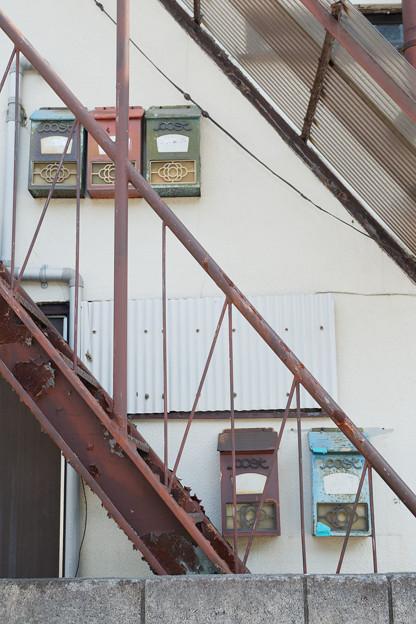 階段のポスト