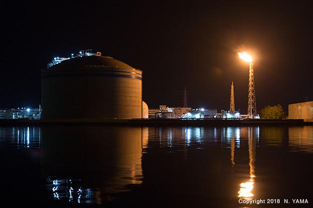 富山新港火力発電所フレアタックス