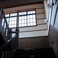 写真: レトロな階段