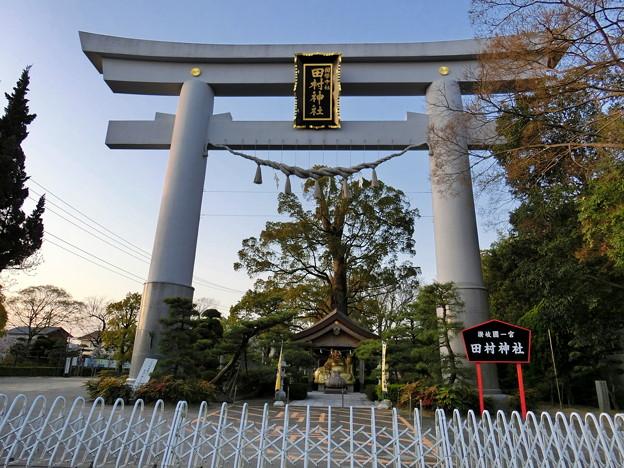 早朝の田村神社
