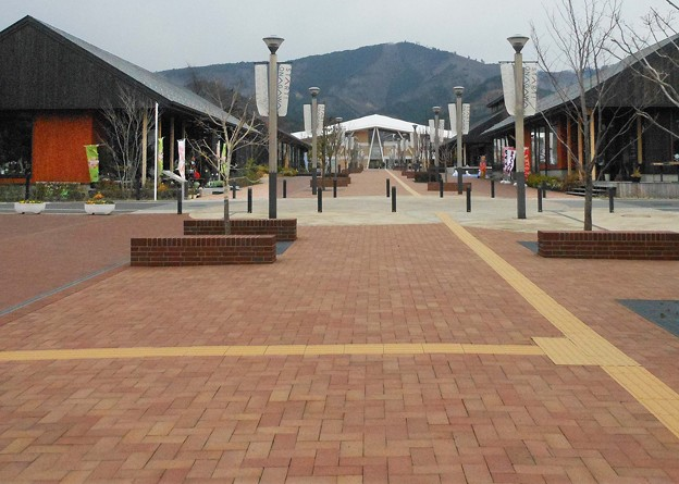 Photos: 復興 女川駅前