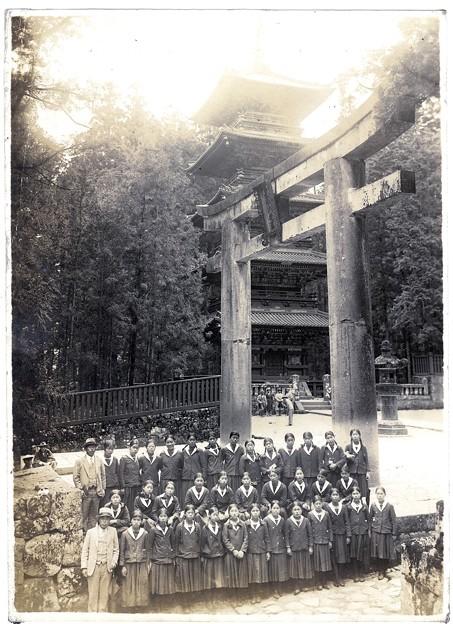 Photos: 日光東照宮五重塔と石鳥居