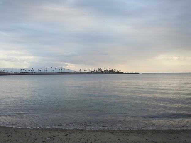 海上の人工物 マリンポートかごしま 20131120