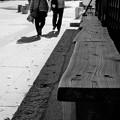 Photos: 街並みを歩く