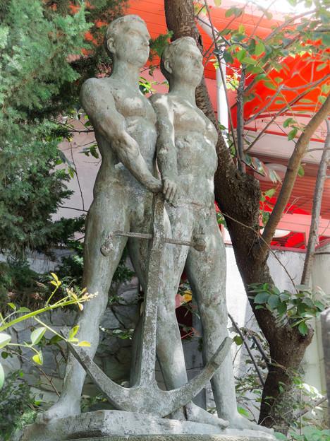 日ソ友愛の像