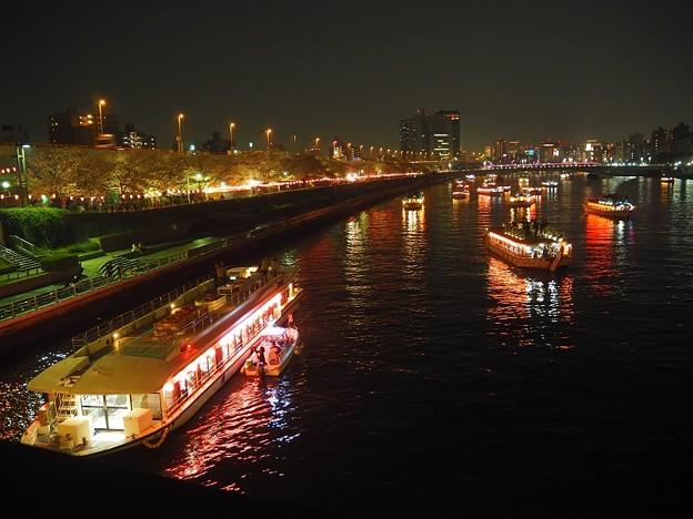 隅田川 夜の水上バス