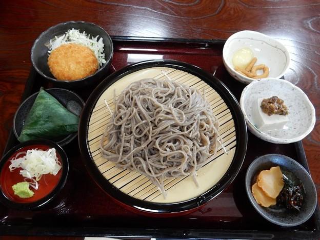 写真: 開田高原 蕎麦
