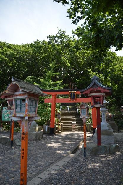 高山稲荷神社三の鳥居