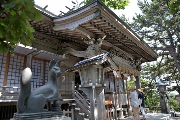 高山稲荷神社拝殿