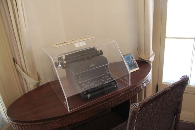010 4月30日 長崎市内 東山手十二番館内 A.L.ホワイト女史愛用タイプライター