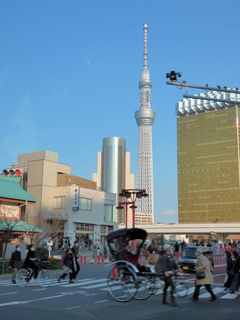 Photos: タクシーの車窓から…浅草