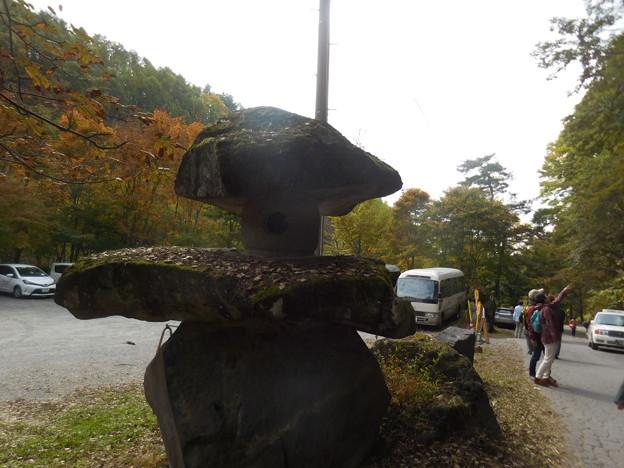大きな石灯籠