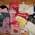 18-24 months。半袖11、長袖14、セーター4、ジャケット1、靴下3、パンツ18、スカート2 全て新品。$25