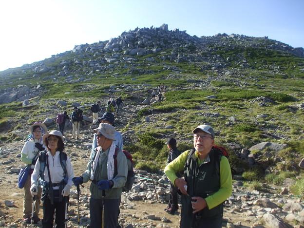 2-057 駒ヶ岳への最後の登りを控えて